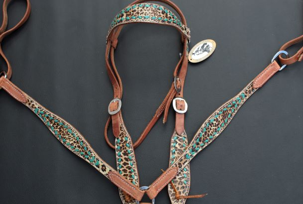 Cheetah with Turquoise Buck Stitch Breastcollar